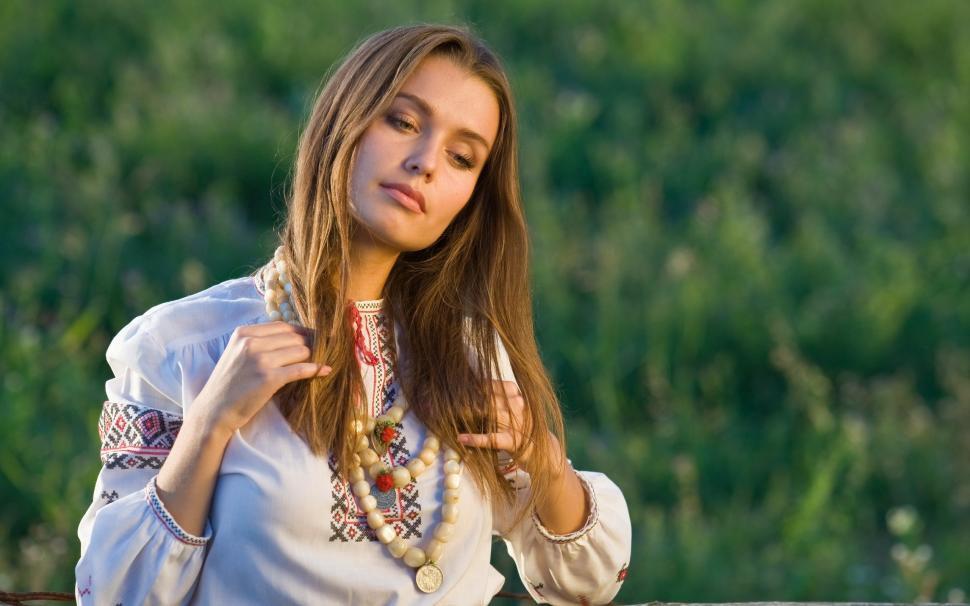 meet kiev girls)